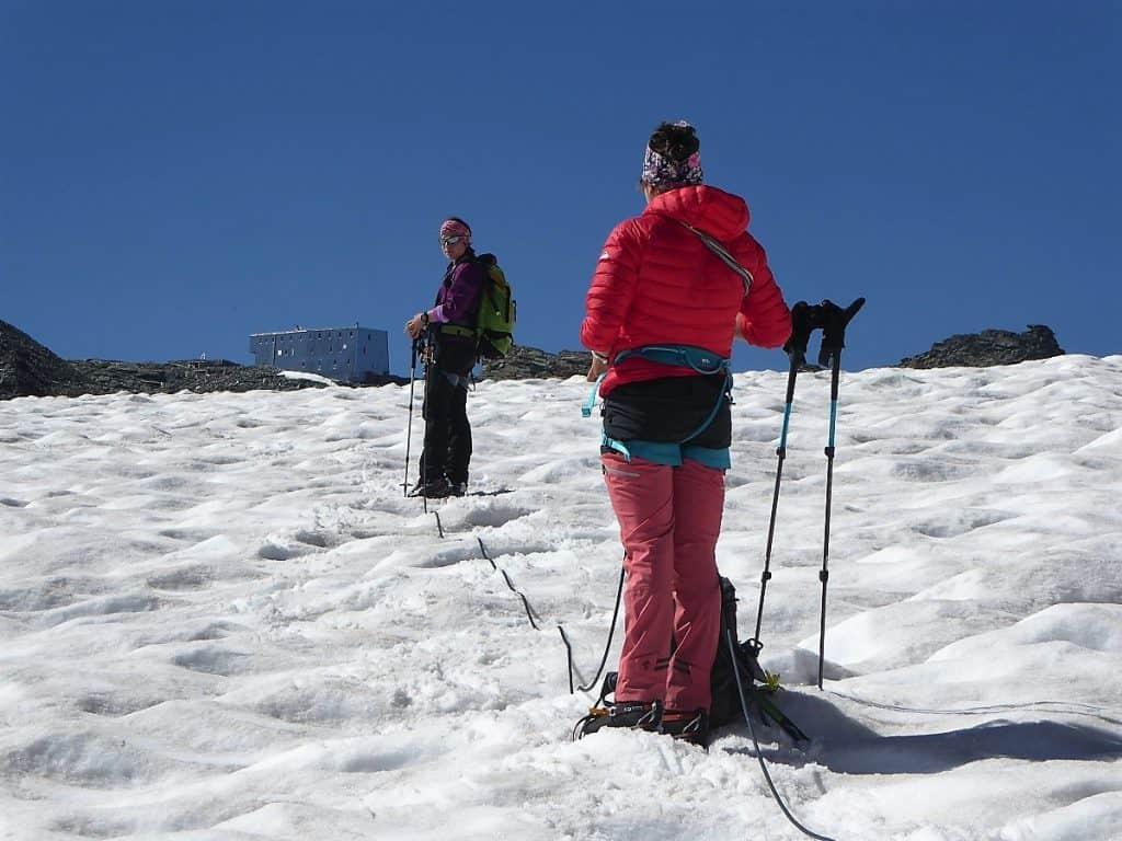 Hochtouren-Kurs mit 4000er Besteigung Cabane Tracuit