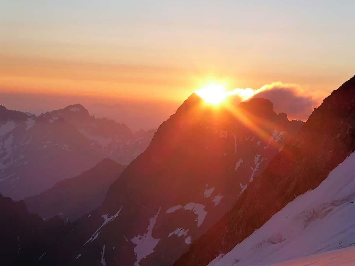 Sustenhorn Gwächtenhorn Sonnenaufgang