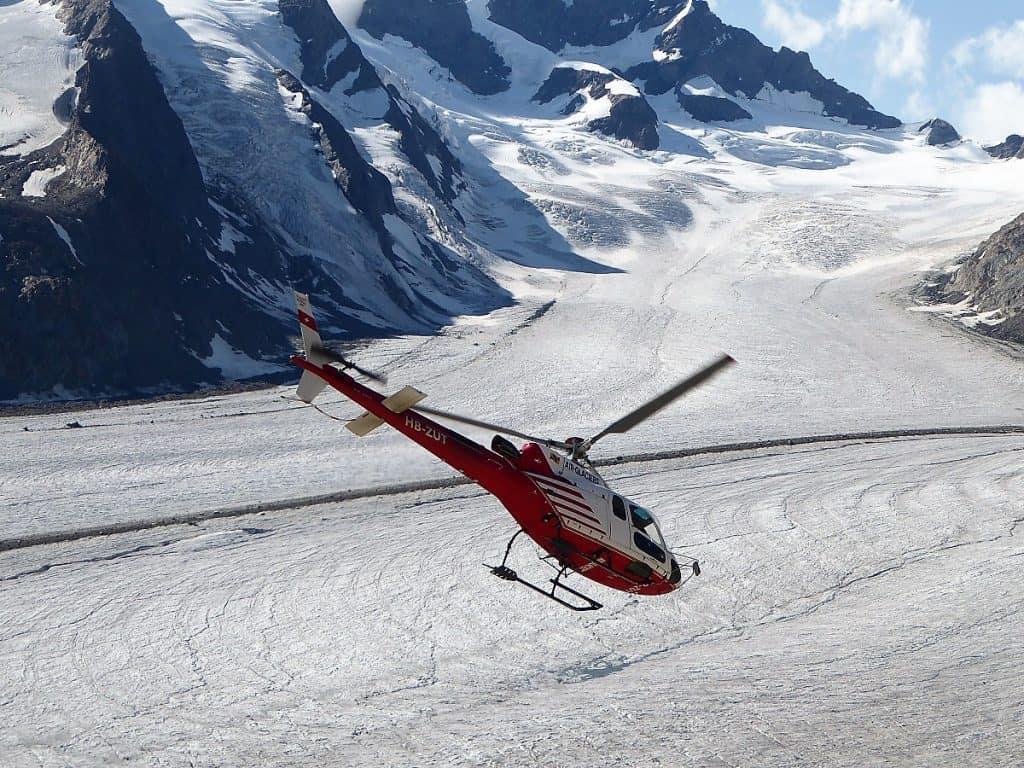 Aletschgletscher-Trekking Heli2