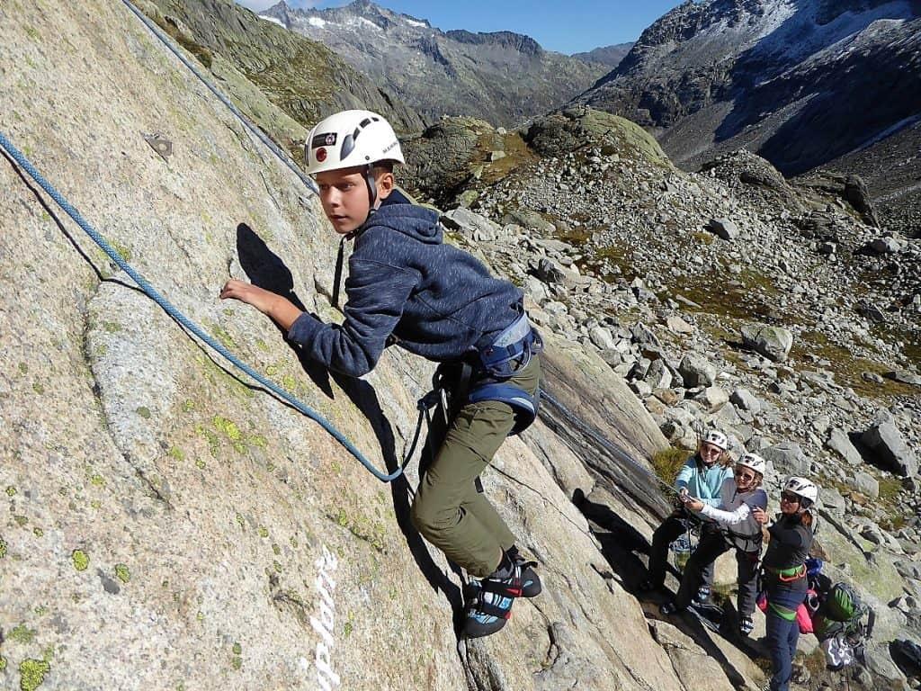 Projekt-Woche Alpenlernen Bächlitalhütte Klettern 3