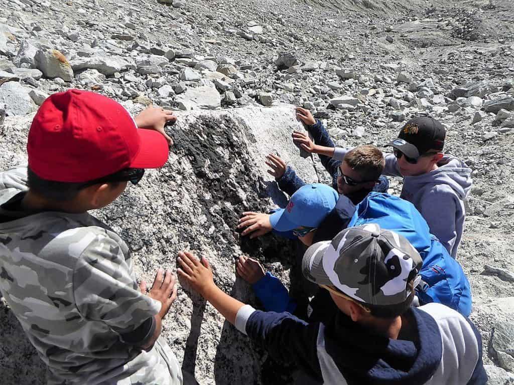 Projekt-Woche Alpenlernen Bächlitalhütte Quarz-Kristalle