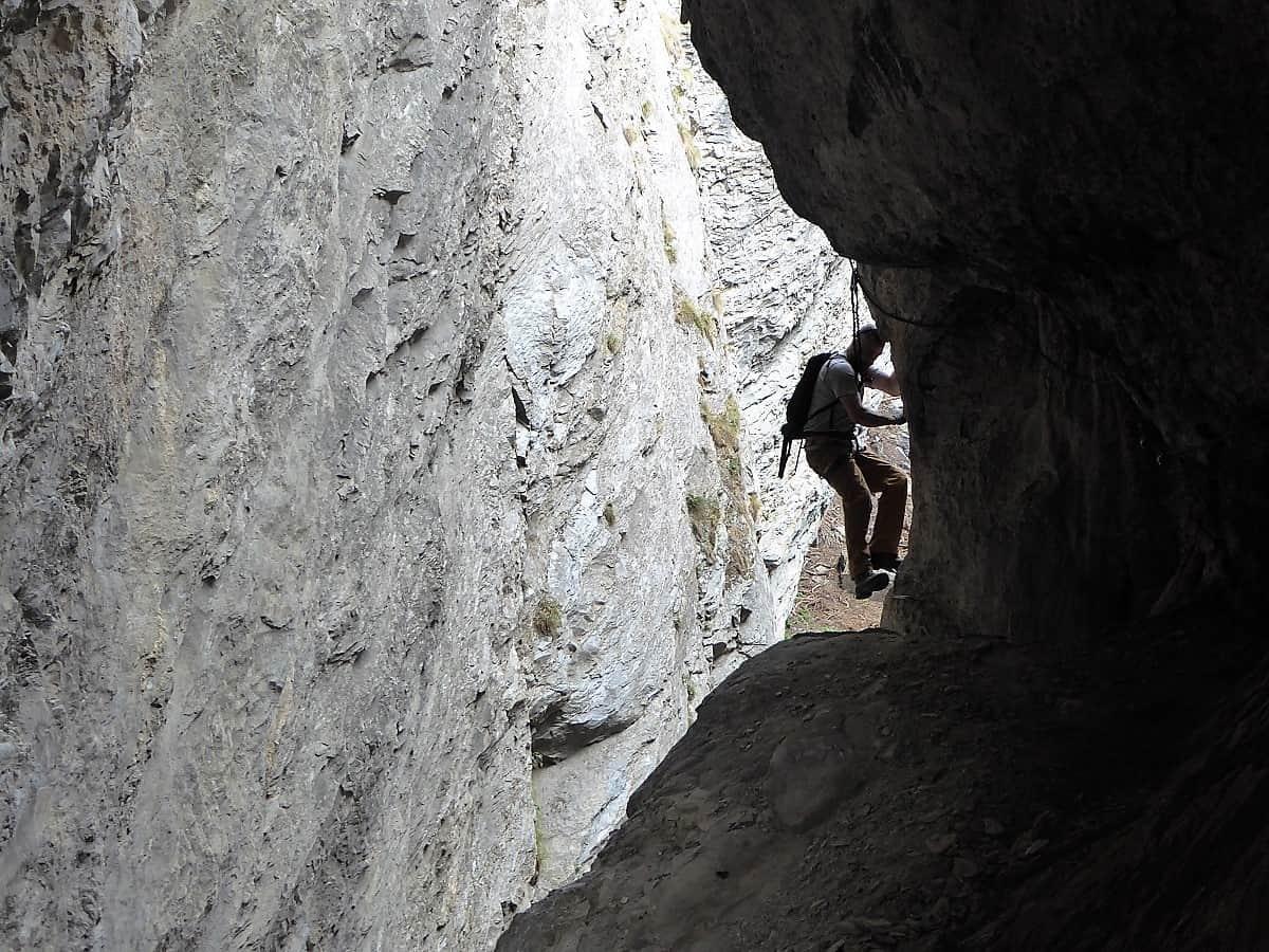 Hinein in die Höhle!