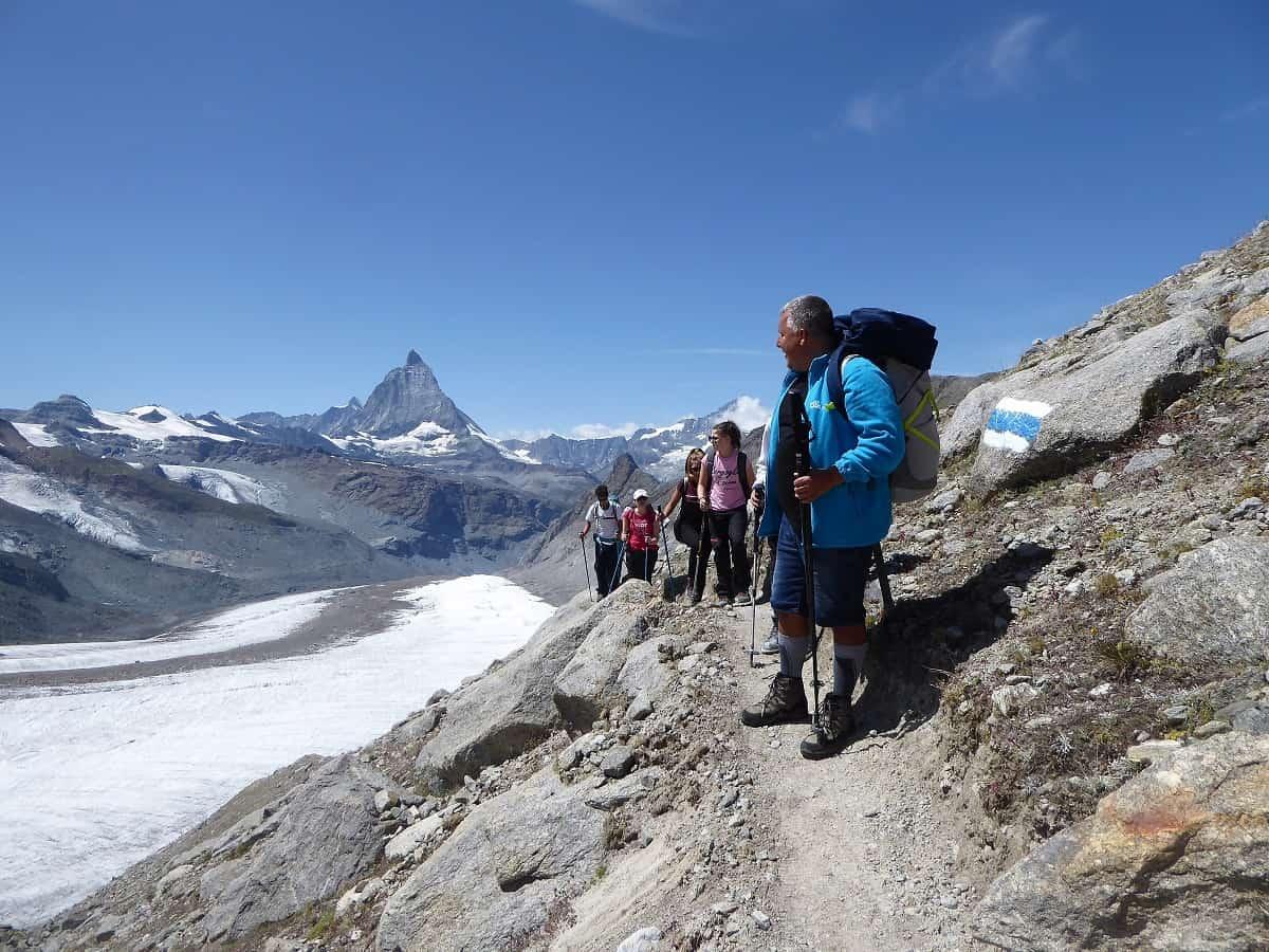 Auf dem Panoramaweg mit Blick aufs Matterhorn
